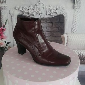 Franco Sarto Women's Boots Wine Size 10 Leather